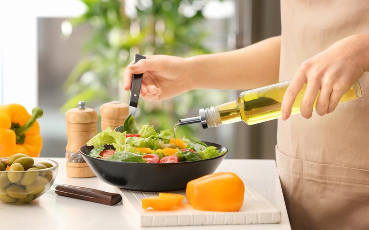 Овочевий салат з олією