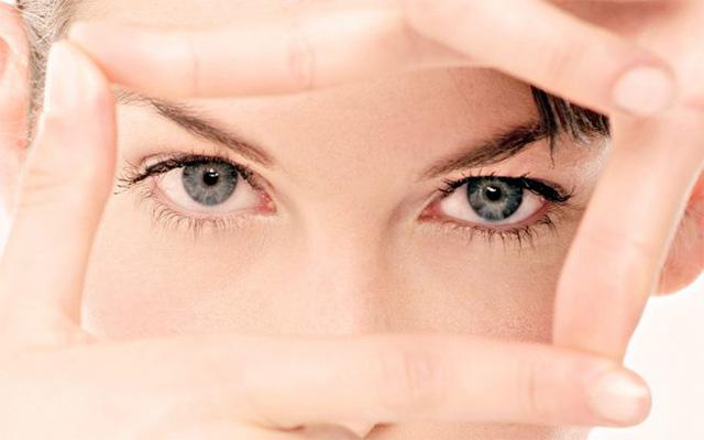 Епоха гаджетів: як зберегти здоров'я очей | Amrita