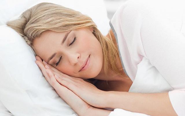 Як подолати безсоння: натуральні засоби | Amrita