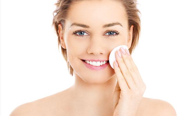 Правильне очищення обличчя – здорове сяйво шкіри | Amrita