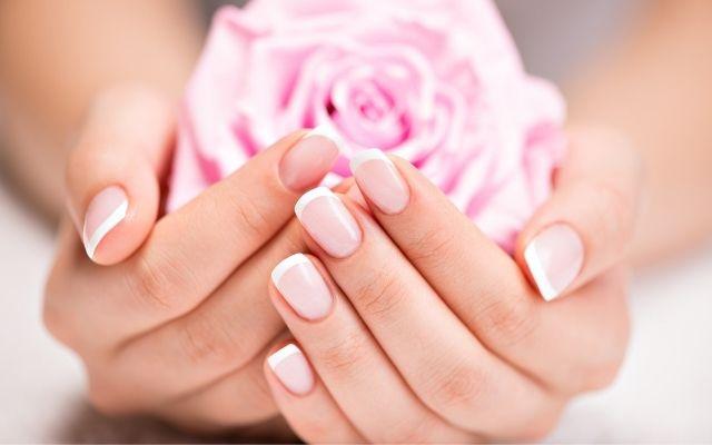 Шаруються нігті: кілька причин, про які ви повинні знати | Amrita