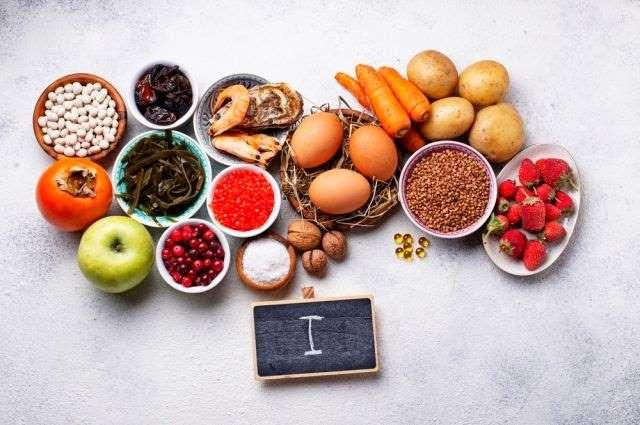 Фасоль, морская капуста, икра лосося, клюква, яйца, картофель, морков и другие йодосодержащие продукты