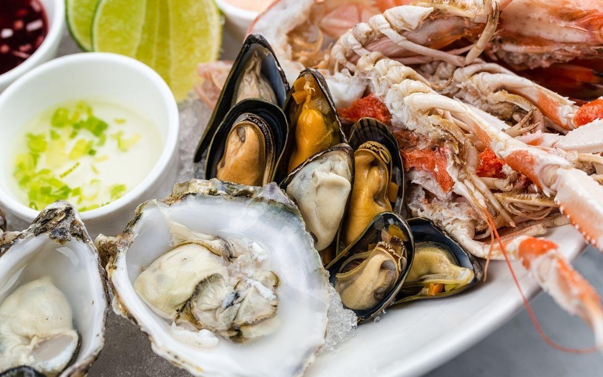 Тарілка з морепродуктами